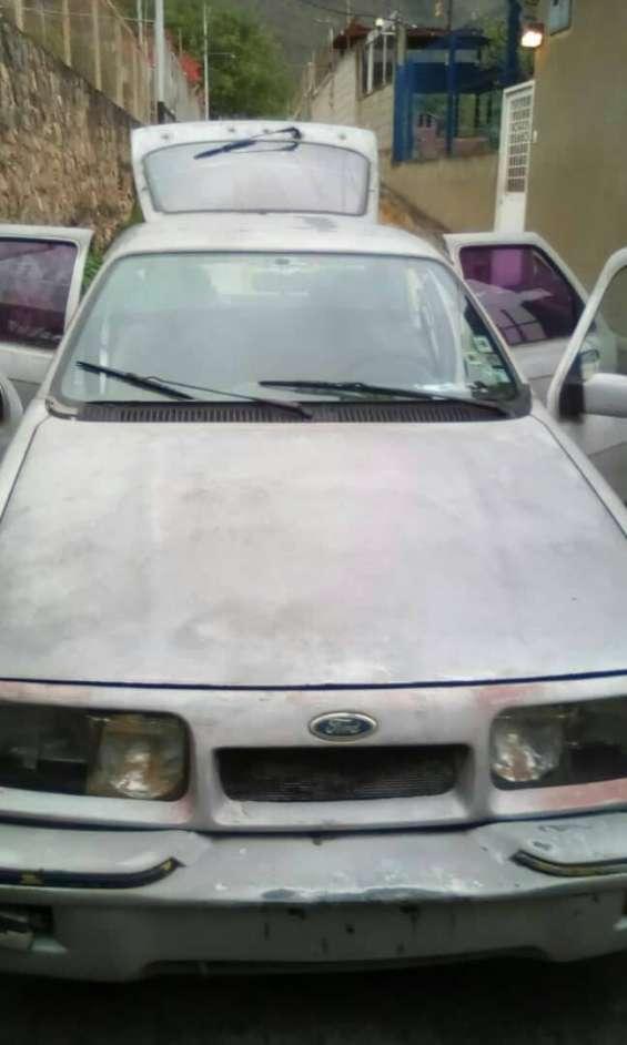 Vendo ford sierra 280 automático año 87