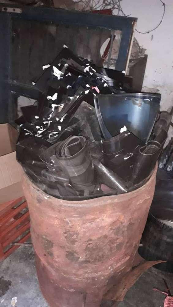 Compro por kilo negativo de litografía desechos