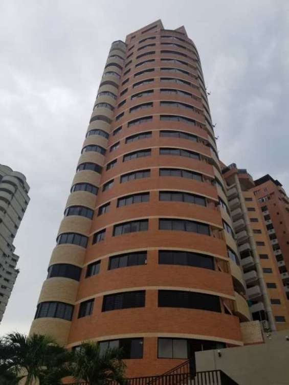 Sky group vende apartamento en residencia terrazas del bosque foa-755