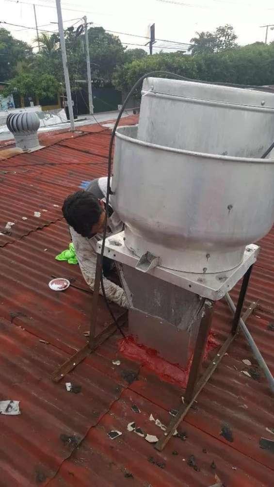 Sistemas de extracción de calor y grada de restaurante