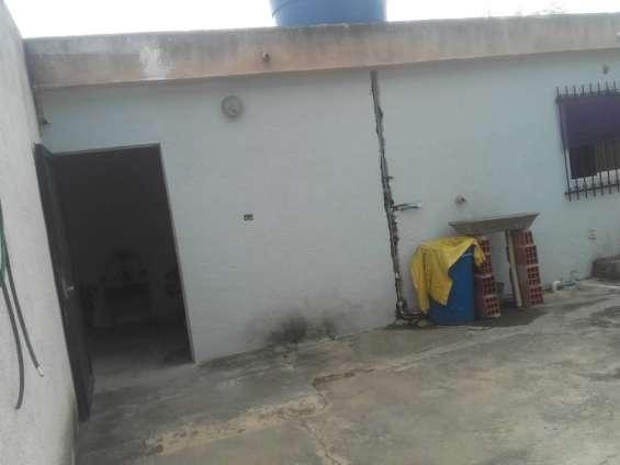 Fotos de Vendo casa cerca de la plaza bolívar del pueblo. san diego. valencia. 11