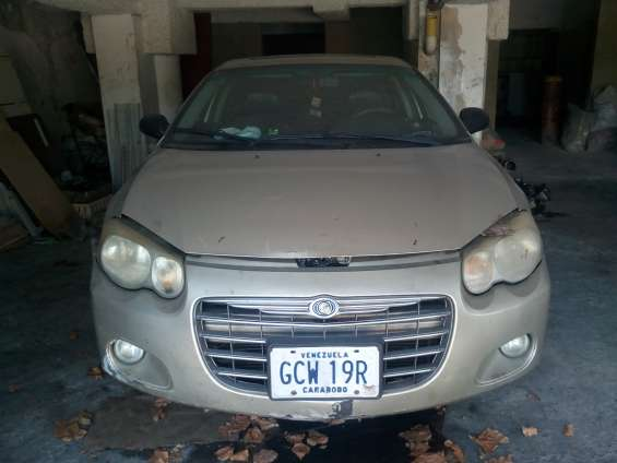 Vendo chrysler sebring año 2006 color oro metalico
