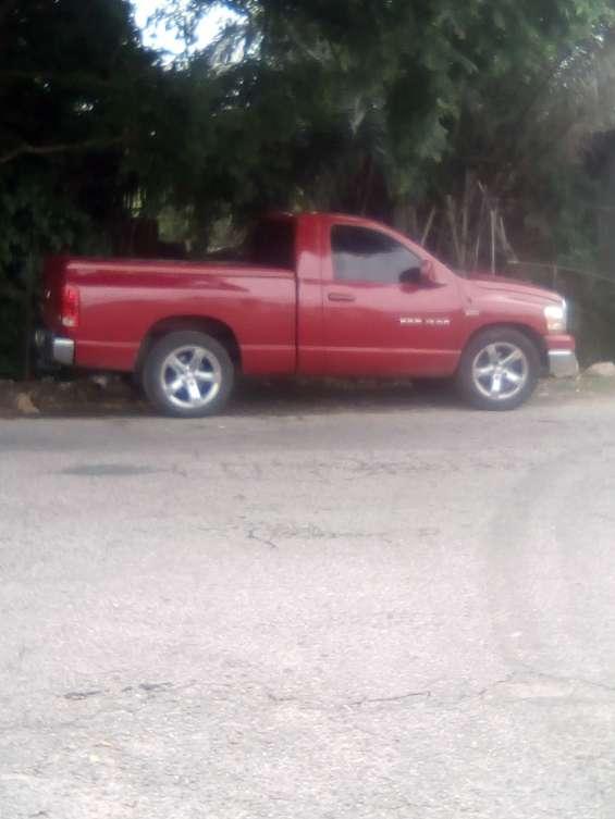 Se vende o se cambia por camión